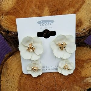 Jewelry - Double Floral Ivory & Gold Tone Stud Earrings